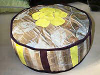 Boxed circular Cushion 38